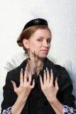 Modieus meisje met transparante ventilator Stock Foto