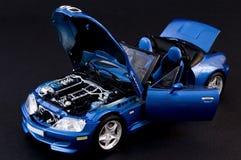 Modieuze blauwe covertible open tweepersoonsauto Royalty-vrije Stock Fotografie