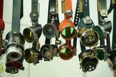 Modieuze de toebehoreninzameling van stoom punkbeschermende brillen stock afbeeldingen