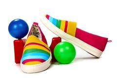 Modieuze, heldere, gemakkelijke sportenschoenen (gymschoenen) Royalty-vrije Stock Foto