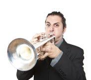 Modieuze jazzmens die de trompet speelt Royalty-vrije Stock Afbeelding
