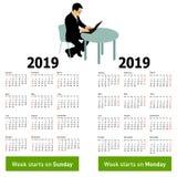 Modieuze kalender met de zitting van de silhouetmens achter computer voor 2019 stock illustratie