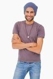 Modieuze mens die beanie hoed dragen royalty-vrije stock afbeeldingen