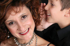 Modieuze moeder en zoon stock fotografie