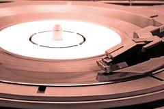 Modieuze oude grammofoon stock foto