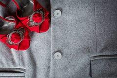 Modieuze schoenen en kleding Stock Afbeeldingen