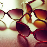 Modieuze zonnebril Gestileerde wijnoogst royalty-vrije stock fotografie