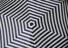 Modèle de chevron de parapluie Images libres de droits