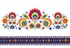Modèle folklorique avec des fleurs Photos stock