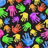 Modèle sans couture avec les paumes colorées Images libres de droits