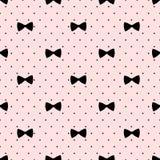 Modèle sans couture d'arc sur le fond de points de polka Illustration mignonne de mode Images stock
