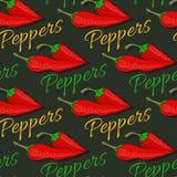 Modèle sans couture d'un rouge ardent de poivre de piment sur le fond foncé Photo libre de droits