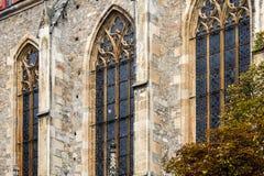 Modling, χαμηλότερη Αυστρία, Αυστρία Η εκκλησία κοινοτήτων του ST Othmar στα τέλη του καλοκαιριού στοκ εικόνα