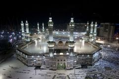 Modlitwa i Tawaf muzułmanie Wokoło AlKaaba w mekce, saudyjczyk Arabi Zdjęcie Stock