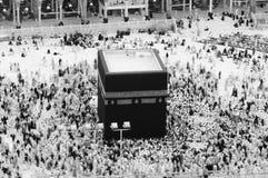 Modlitwa i Tawaf muzułmanie Wokoło AlKaaba w mekce, saudyjczyk Arabi obrazy stock