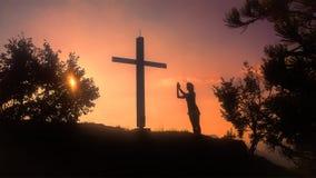 Modlitwa kobieta w krzyżu zdjęcia royalty free