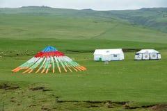 Modlitwa namiot i flaga obrazy royalty free