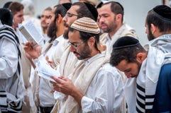 modlitwa Rosh Hashanah, Żydowski nowy rok Ja świętuje blisko grób rabin Nachman Pielgrzymi Hasidim obraz royalty free
