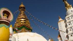 Modlitwa zaznacza latanie w wiatrze, Swayambhunath stupie, Małpiej świątyni, Świętej pagodzie, symbolu Nepal i Kathmandu, Buddha zbiory