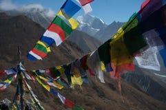 Modlitwa zaznacza prowadzić przy Kyangjin Ri Tybetański region zdjęcie royalty free