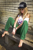 Modny blondynki dziewczyny pozować. Zdjęcia Stock