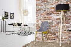 Modny loft z ściana z cegieł zdjęcia royalty free
