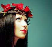 Modo castana - donna con bello trucco Fotografia Stock Libera da Diritti