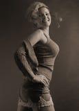 Modo dell'annata con il sorriso fotografia stock libera da diritti