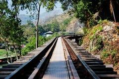 Modo della ferrovia sulla struttura di legno Fotografia Stock Libera da Diritti