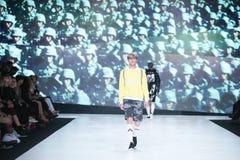 Modo di Bipa sfilata di moda 2017 di ora: Anthony Avangard, Zagabria, Croazia Immagini Stock Libere da Diritti