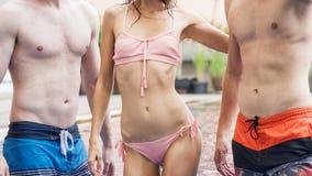 Modo di donne e di musle esili del bikini della spiaggia di estate della biancheria intima me Immagine Stock Libera da Diritti