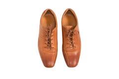 Modo maschio con le scarpe d'annata isolate su fondo bianco Immagine Stock Libera da Diritti