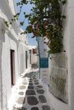 Modo Mykonos Grecia del vicolo Fotografia Stock Libera da Diritti
