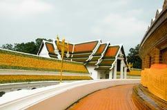 Modo nel tempio Immagine Stock Libera da Diritti