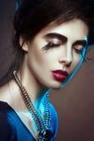 Modo-ritratto di bella ragazza Trucco alla moda Fotografia Stock