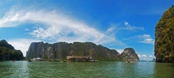Modo Tailandia del James Bond delle rocce Fotografie Stock
