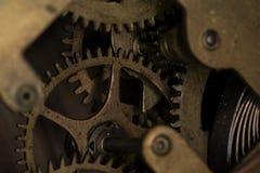 Modos da engrenagem no fim da máquina acima Foto de Stock