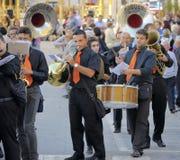 Modugno Italien - 23 September 2013: Procession av skyddshelgonet Fotografering för Bildbyråer