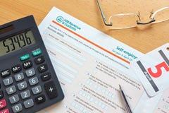 Modulo di imposta di lavoro indipendente Immagini Stock Libere da Diritti