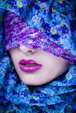 Mody arabska kobieta w hijab Zdjęcie Royalty Free