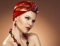 Mody kobieta w turbanie Fotografia Stock