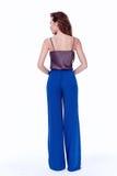 Mody kobiety ciała kształta stylowej perfect brunetki włosiana odzież błękitny p Obrazy Royalty Free