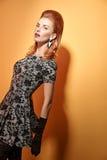 Mody piękna portreta kobieta w rękawiczkach Rocznik Fotografia Stock