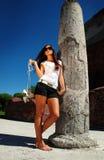 mody ręki modela buty Fotografia Royalty Free