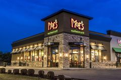 Moe ` s restauracja przy nocą w Nowy Jork Upstate Obrazy Royalty Free