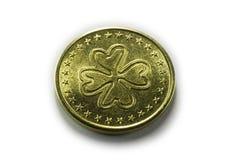 moeda afortunada do trevo de 4 folhas Fotografia de Stock Royalty Free