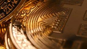 Moeda cripto da moeda dourada de Bitcoin vídeos de arquivo