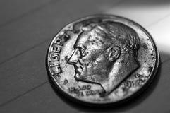Moeda de dez centavos resistida Fotos de Stock Royalty Free