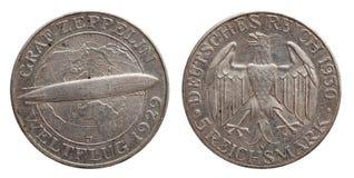 Moeda de prata alem?o 5 de Alemanha rep?blica de Weimar do zepelim de cinco marcas fotos de stock