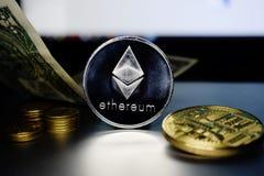Moeda de prata de Ethereum etc. dinheiro virtual novo foto de stock royalty free